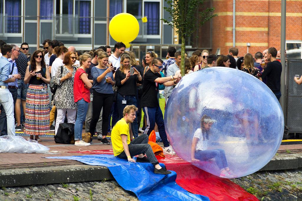 3. UvA - Summer Festival Roeterseiland. Aquabubble